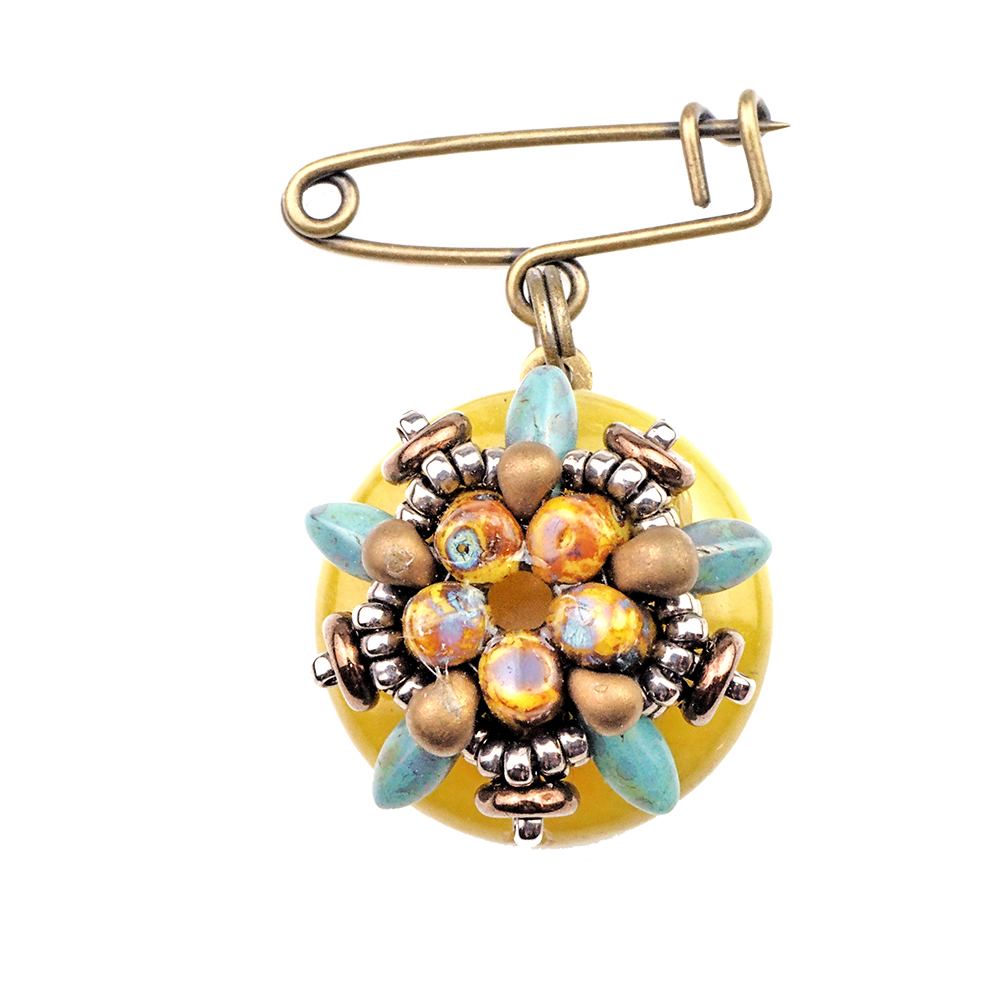 Prague_brooch_yellow_green_storytelling_jeweller_beadwork_tutorials_1a_UPG_TRANS_1000pix