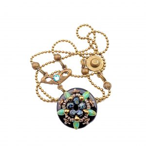 Prague_pendants_black_storytelling_jeweller_beadwork_tutorials_1a_UPG_TRANS