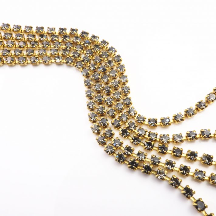 black diamond rhinestone chain