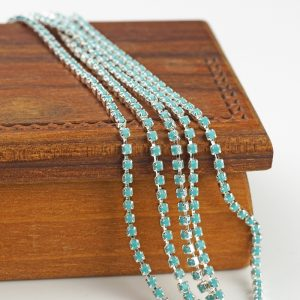 2.1 mm rhinestone chain with Turquoise Preciosa crystals in silver setting x 20 cm