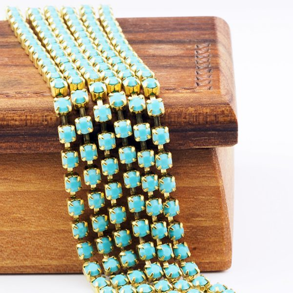 3.2 mm rhinestone chain with Turquoise Preciosa crystals in raw setting x 20 cm