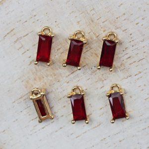 8.5 x 4 x 3 mm drop in metal setting Red Siam x 2 pcs