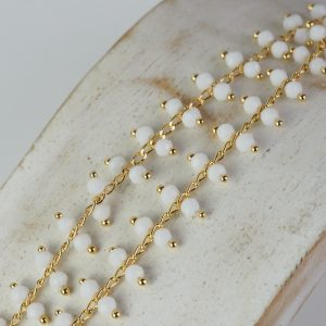 Chain with Opaque White beads x 10 cm