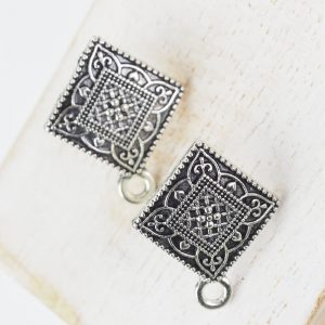 Patina silver earstuds 18 x 22 mm x 2 pcs