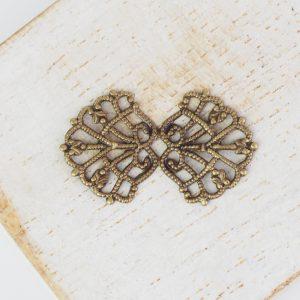 Antique bronze filigree bowtie 26x15 mm x 1 pc