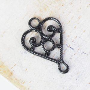 Gunmetal black filigree heart connector 10x15 mm x 1 pc