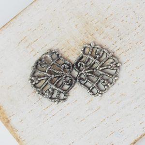 Patina silver filigree bowtie 26x15 mm x 1 pc