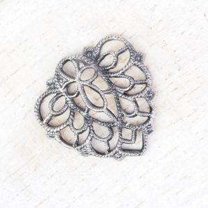 Patina silver filigree falling leaf 18x18 mm x 1 pc