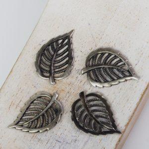 Patina silver filigree small leaf 21x14 mm x 1 pc