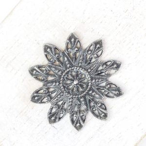 Patina silver filigree snowflake 27x27 mm x 1 pc
