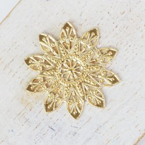 Yellow gold filigree snowflake 27x27 mm x 1 pc