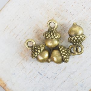 13x6 mm charm acorn antique bronze x 1 pc(s)