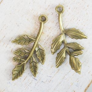 16x30 mm charm leaf antique bronze x 1 pc(s)