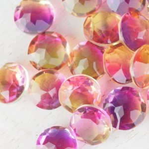 8x8 mm round glass cabochon Passionfruit Rainbow x 1 pc(s)