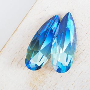 10x25 mm teardrop glass cabochon Blue Rainbow x 1 pc(s)