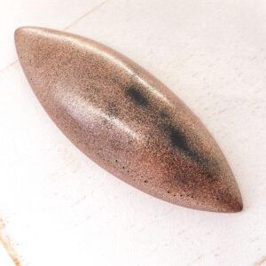 Big Navette L2Studio cabochon Red Copper on light clay x 1 pc(s)