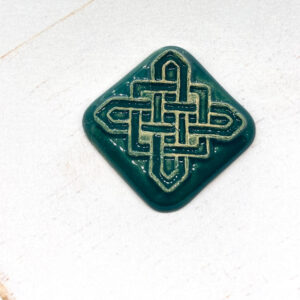 Celtic Square L2Studio cabochon Jade on light clay x 1 pc(s)
