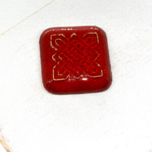 Celtic Square L2Studio cabochon Red Flame on light clay x 1 pc(s)