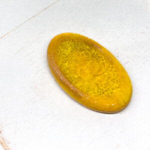 Glass Oval L2Studio cabochon Warm Yellow Glass on light clay x 1 pc(s)