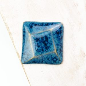 Rotated Square L2Studio cabochon Blue Effect on light clay x 1 pc(s)