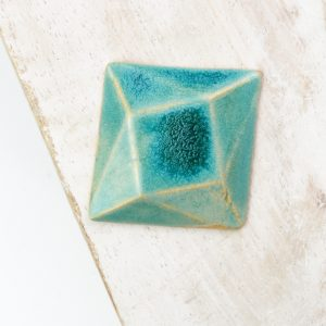 Rotated Square L2Studio cabochon Crystal Turquoise on light clay x 1 pc(s)