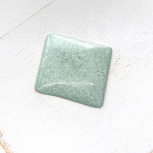Rotated Square L2Studio cabochon Minze on light clay x 1 pc(s)