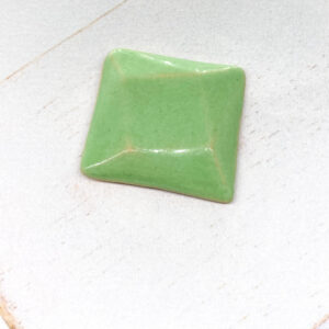 Rotated Square L2Studio cabochon Pistacia on light clay x 1 pc(s)