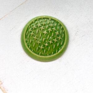 Sashiko L2Studio cabochon Green Apple on light clay x 1 pc(s)