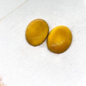 Small Oval L2Studio cabochon Warm Yellow Dark on light clay x 1 pc(s)