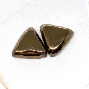 Small Triangle L2Studio cabochon Gold Bronze on light clay x 1 pc(s)