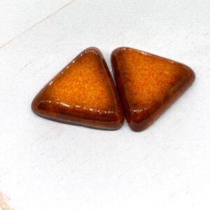 Small Triangle L2Studio cabochon Lava on light clay x 1 pc(s)