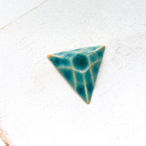 Trilion L2Studio cabochon Crystal Turquoise on light clay x 1 pc(s)
