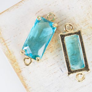 9x22 mm rectangle crystal connector Light Turquoise Blue x 1 pc(s)