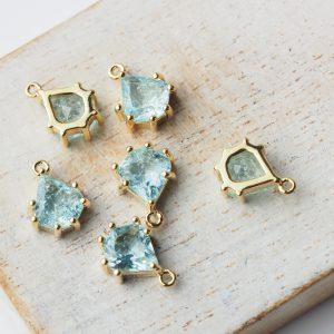 11x8 mm teardrop glass pendant drop in metal setting Icicle Aquamarine Blue x 1 pc(s)