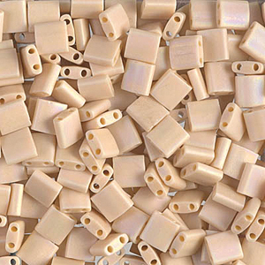 Miyuki Tila beads nr. 493FR Matte Opaque Pear x 5 g