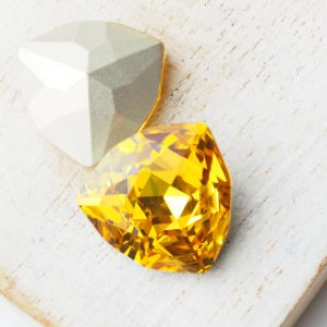17 mm trillion triangle glass cabochon Sunflower x 1 pc(s)