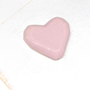 Heart L2Studio cabochon Pink on light clay x 1 pc(s)