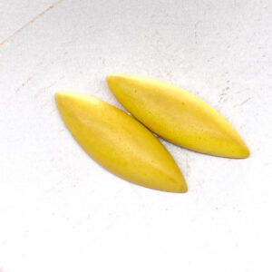 Small Navette L2Studio cabochon Yellow Matt on light clay x 2 pc(s)