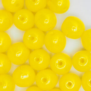 6 mm round glass pearls Milky Yellow x 40 pc(s)