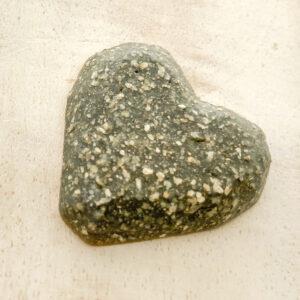 Heart L2Studio cabochon Grey Glitter on light clay x 1 pc(s)