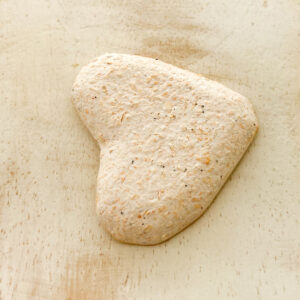 Heart L2Studio cabochon White Glitter on light clay x 1 pc(s)