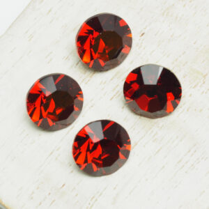 10 mm Preciosa crystal chaton Red Velvet x 4 pc(s)