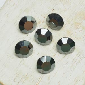 8 mm Preciosa crystal chaton Jet Hematite x 6 pc(s)
