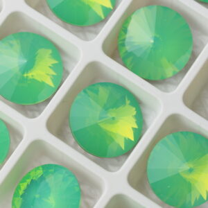 16 mm round glass cabochons
