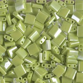 Miyuki Tila 439 Opaque Chartreuse Luster x 5 g