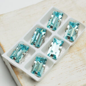 5x10 mm baguette glass cabochon Aquamarine with Silver Claw x 6 pc(s)