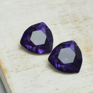 12 mm trillion glass cabochon Purple Velvet x 4 pc(s)