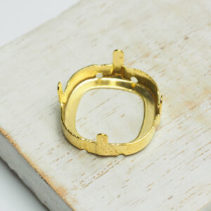 18 mm gold cushion cut claw for cabochon x 1 pc(s)